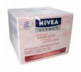 Nivea Essentials Nourishing Day Cream Dry to Sensitive Skin 50ml